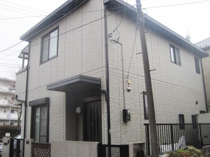東京都八王子市で外壁塗装にアクリル系塗料を使用した事例の施工前