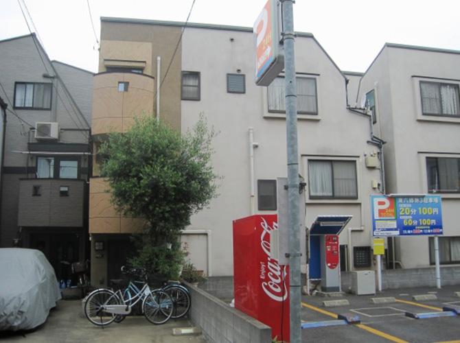 東京都青梅市で外壁塗装にシリコン塗料を使用した事例の施工前