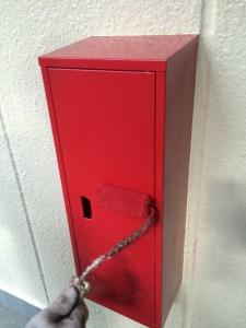 消火栓BOX上塗り (2)