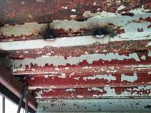 鉄骨階段のサビ止め塗装工事