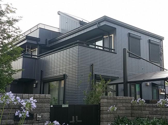 外壁塗装の配色をグレー系で仕上げた施工事例