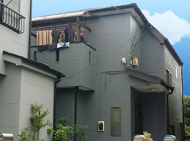 家の外壁をグレー系で塗り替えた施工事例