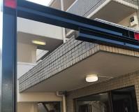 東京都中野区マンションのエントランス鉄骨錆止め塗装工事の施工事例
