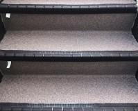 埼玉県川口市戸建住宅の階段長尺シート工事の施工事例