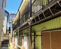 東京都江戸川区2階建アパートの鉄骨階段サビ止め塗装工事の施工事例