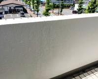 東京都青梅市マンションの共用廊下腰壁塗装工事の施工事例