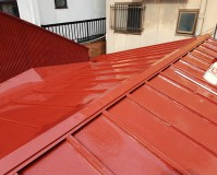 東京都台東区店舗のトタン屋根塗装工事の施工事例