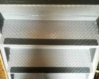 東京都板橋区工場兼住宅の鉄骨階段溶接塗装工事の施工事例