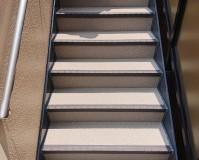 埼玉県川口市2階建アパートの鉄骨階段塗装・長尺シート工事の施工事例