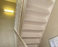 神奈川県川崎市2階建アパートの鉄骨階段サビ止め塗装工事の施工事例