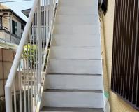 東京都狛江市2階建アパートの鉄骨階段サビ止め塗装工事の施工事例