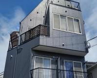 東京都大田区の三階建て住宅の外壁塗装工事の施工事例(2020/06/29)
