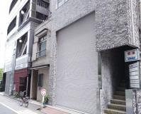 東京都千代田区ビルのシャッター塗装工事の施工事例(20210531)